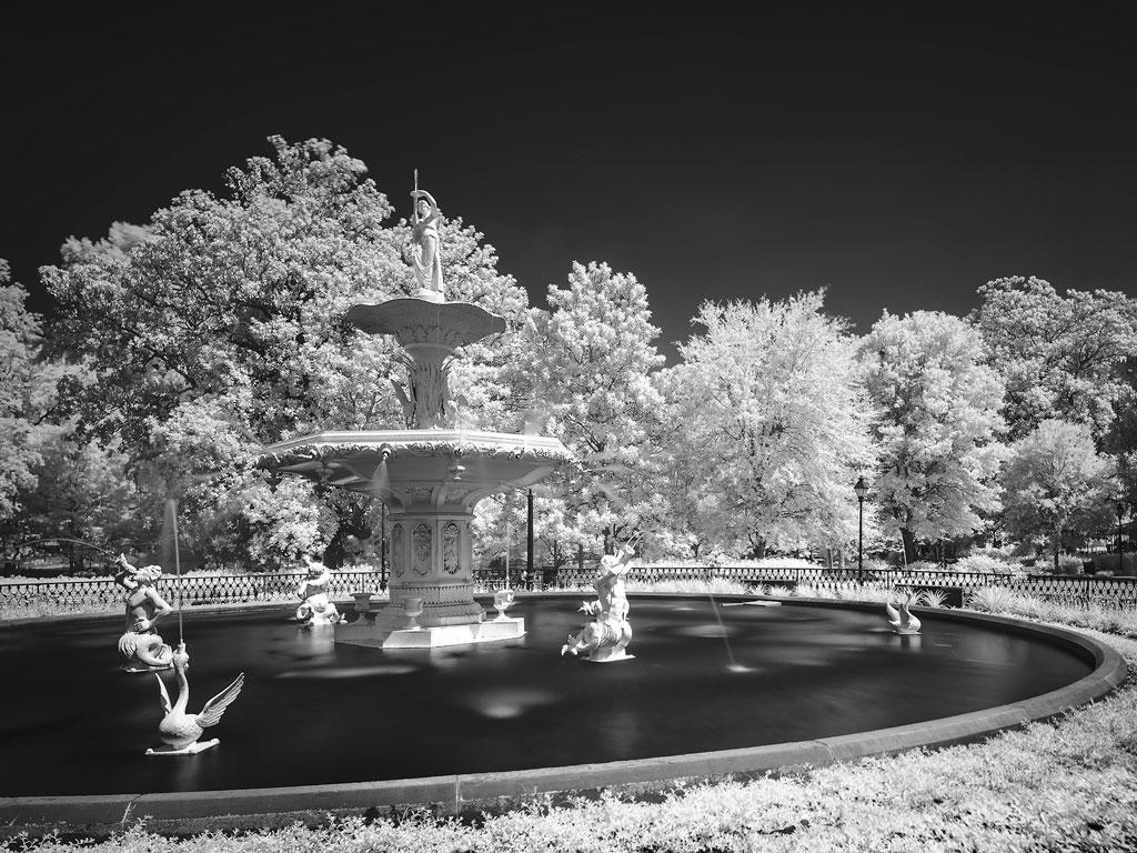 White Fountain by Dan Kaufman, Studio Kaufman